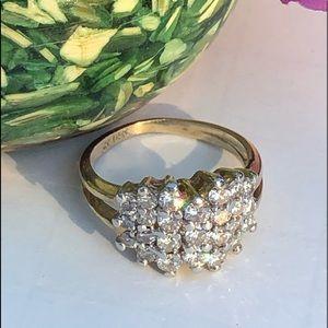 14K Yellow Gold Cluster Diamonds Ring